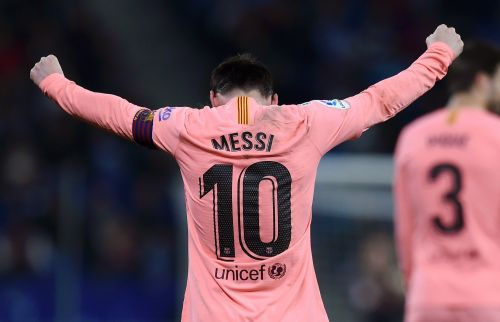 2 gorgeous goals, one telepathic assist, and another La Liga record: Lionel Messi toyed with Espanyol in thumping 4-0 win