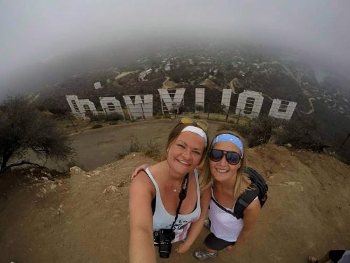 Woman who had double cancer diagnosis at 34 refused chemo to travel the world with her girlfriend