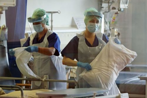 NHS staff must be 'properly rewarded' for coronavirus fight, Chief exec demands