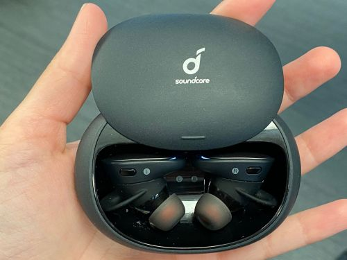 These $150 wireless earbuds from a company you've probably never heard of made me want to ditch my $250 AirPods Pro