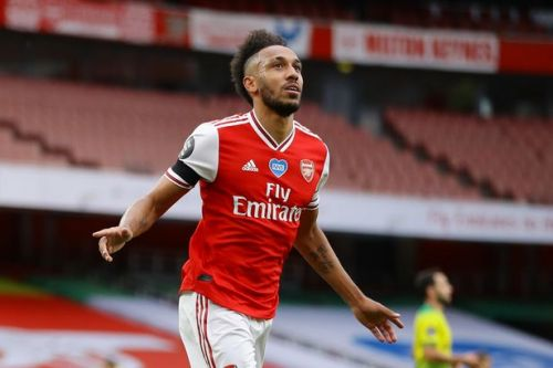 Pierre-Emerick Aubameyang sets new Arsenal record with 50th Premier League goal