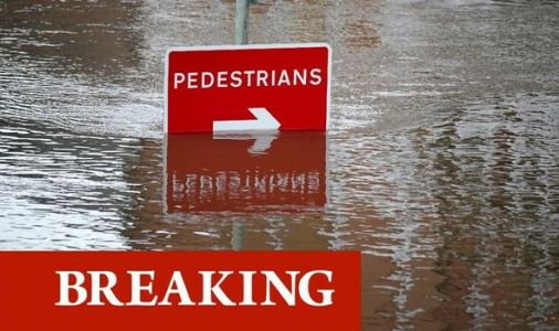 UK floods LIVE: Manchester in 'major incident' - Storm Christoph sparks 'danger to life'