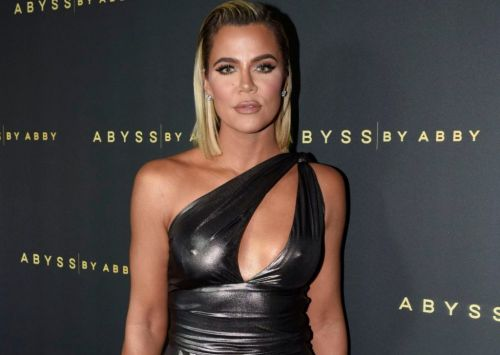 Khloe Kardashian reminds fans 'CEOs and billionaires' won't save us from coronavirus