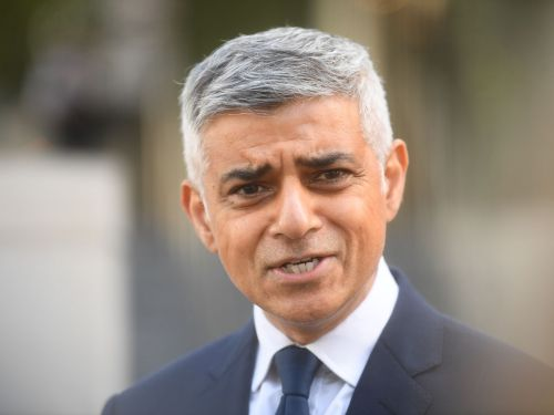 London Mayor Sadiq Khan Says 10 P.M. Restaurant Curfew Should Be Scrapped
