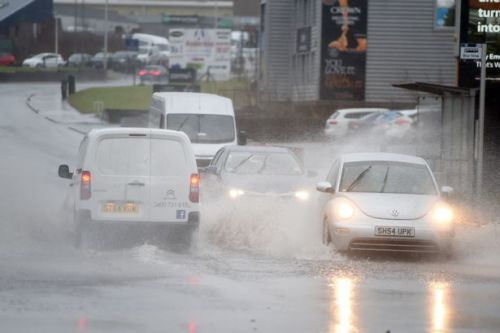 Met Office weather warnings for ice, rain and wind issued across Scotland as travel chaos expected
