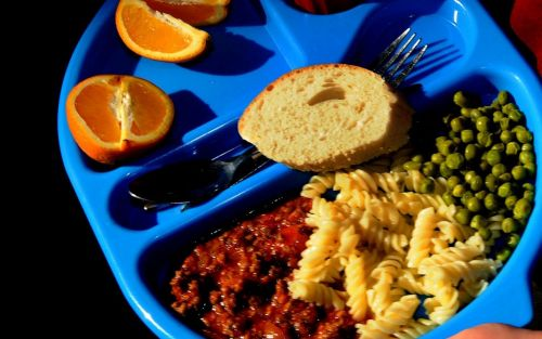 More than half of secondary school children served poor quality meals