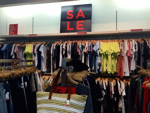 Gap and Banana Republic are closing another 350 stores as retailers flee malls in the second wave of the retail apocalypse