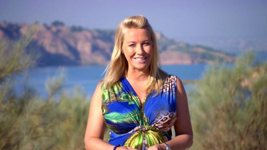 A Place In The Sun presenter Laura Hamilton receives heartbreaking news hours after landing in Greece: 'This weekend has been emotional'