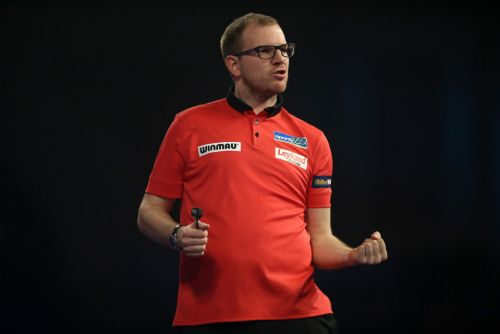 Icons Darts Live League: Odds and betting prediction - Day 4 with former World Champion Mark Webster starring in action
