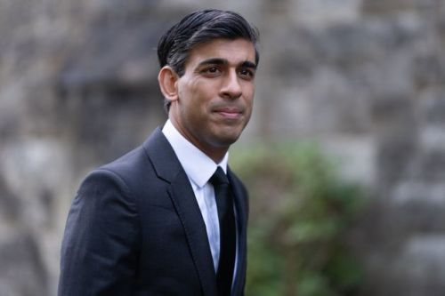 Rishi Sunak Rejects Calls To 'Immediately' Introduce Covid Plan B Restrictions