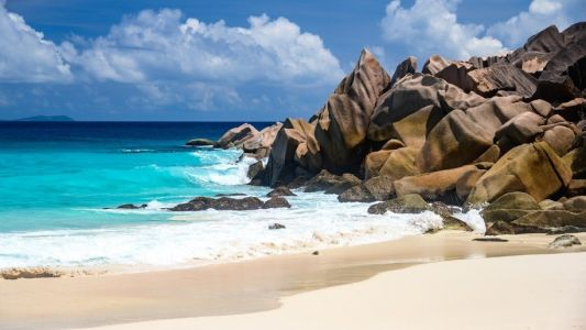 Seychelles to reopen borders for international flights from August 2020