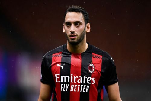 Manchester United in concrete talks to sign AC Milan star Hakan Calhanoglu on free transfer