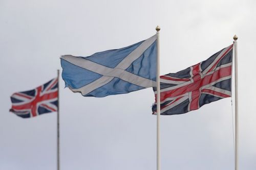 Row erupts as Scottish independence poll shows 59% of Scots back remaining in UK