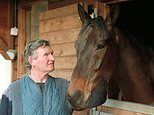 Mark Dwyer pays tribute to Peter Beaumont after Cheltenham Gold Cup winning trainer dies aged 85