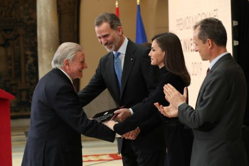 King and Queen of Spain stress importance of scientific developments at National Research Awards