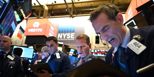 Dow sheds 300 points as traders await big tech earnings