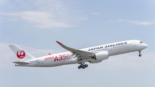 Japan Airlines to increase fuel surcharges on international flights