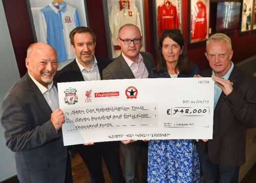 Liverpool FC raise €784,000 for Séan Cox with Legends charity match in Dublin