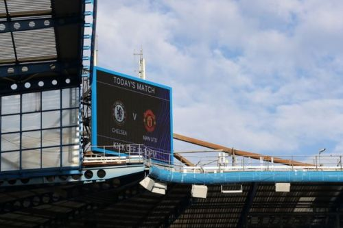 Chelsea vs Manchester United live score: Team news, TV time and latest updates