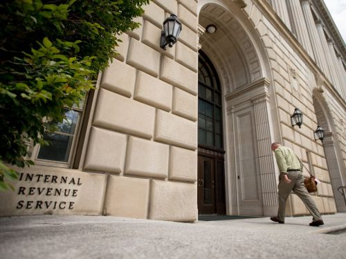 Stimulus checks totaling almost $800 million went to incarcerated people, IRS records show