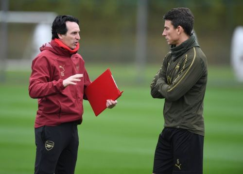Arsenal expected to dock Laurent Koscielny's wages after club captain's strike
