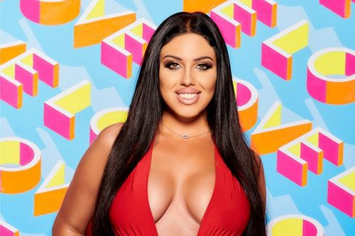Who is Anna Vakili? Meet the Love Island series 5 contestant and 'British Kim Kardashian'