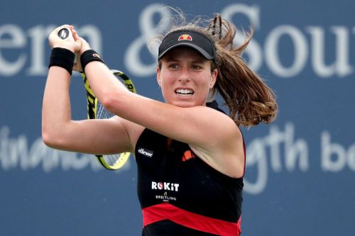 Johanna Konta receives shouts of support in the street after Wimbledon row with journalist