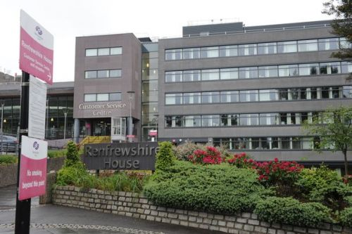 Council tax frozen in Renfrewshire as £450million budget is passed
