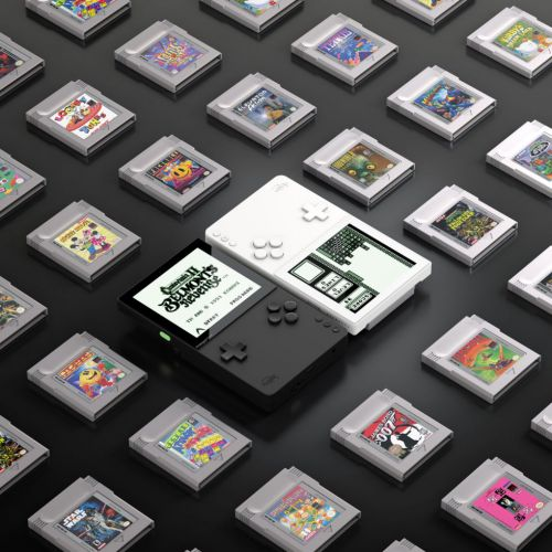 $199 Analogue Pocket promises FPGA accuracy for portable retro gaming