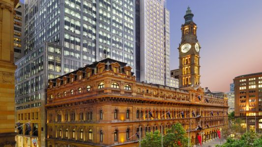 The Fullerton Hotel opens in Sydney
