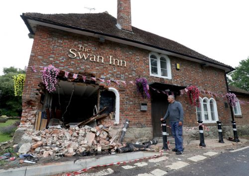 Car smashes through pub hours before it reopens - but landlord will open anyway