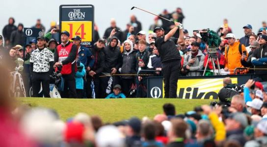 The Open final round updates: Shane Lowry closes in on historic win ahead of Tommy Fleetwood as bad weather hits Royal Portrush