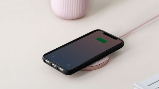 The Best Wireless Chargers for Your Android or iPhone in 2021
