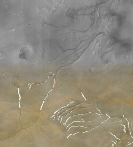 Sub-glacial melting, not flowing rivers, may explain martian channels