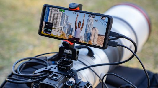Sony Xperia Pro is a 5G-uploading second screen for professional content streamers