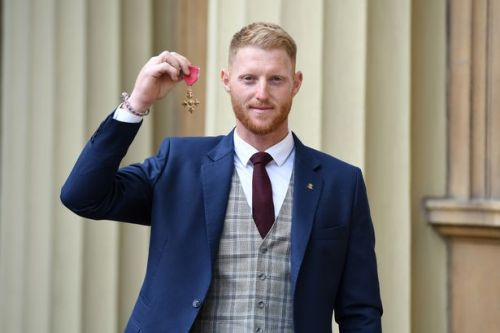 Ben Stokes collects OBE from Prince William as Jos Buttler also honoured at Buckingham Palace