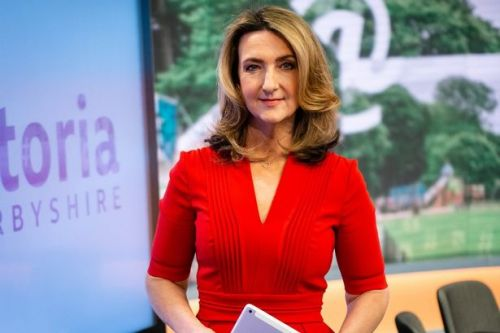 Victoria Derbyshire vows to break rule of six to spend Christmas with family