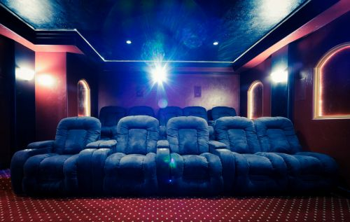 How to install a home cinema with a projector - and how much does it cost?