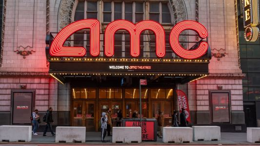 AMC Adds Open Caption Showtimes at Over 100 US Theaters