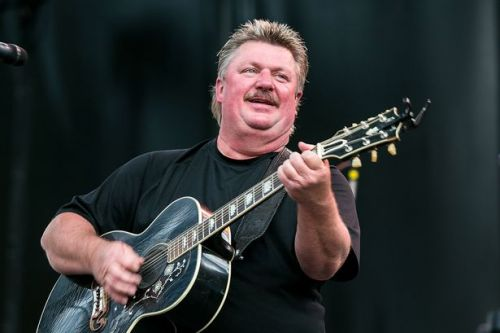 Country music legend Joe Diffie dies at 61 from 'coronavirus complications'