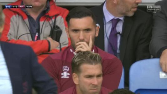 Lucas Perez 'refuses to warm up' against Everton after being asked by West Ham boss Manuel Pellegrini