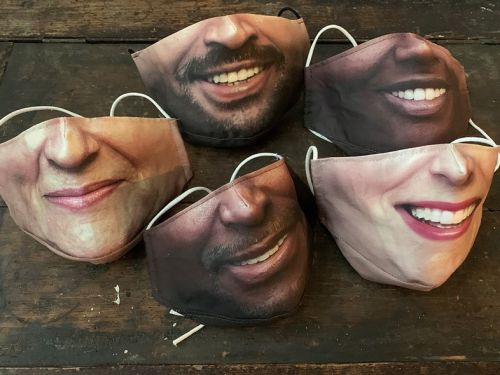 Would you wear one of these custom-made selfie masks?