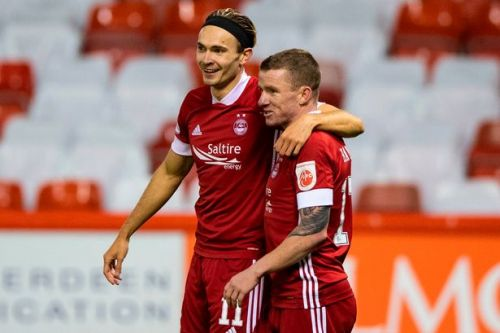 Jonny Hayes says Aberdeen are looking to chase down Celtic and finishh second